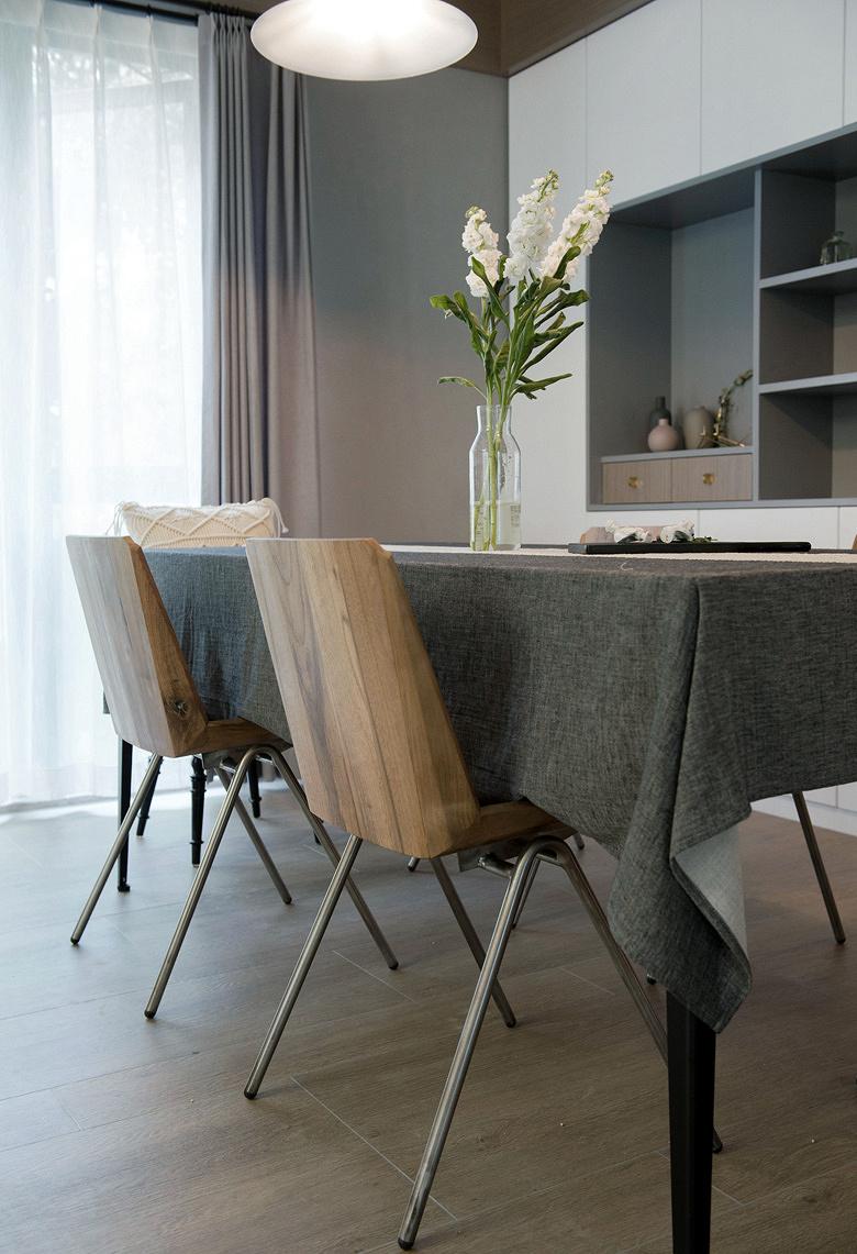 餐厅图片来自家装大管家在135平北欧混搭3居 文艺优雅并存的分享