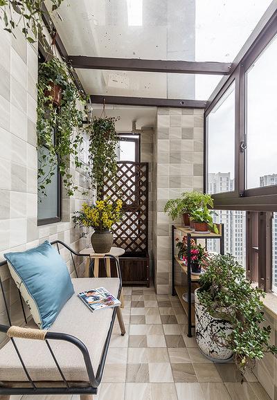 阳台图片来自家装大管家在淡雅清新气质 125平简约美式3居的分享