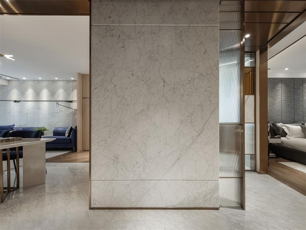 装修设计 装修完成 现代风格 玄关图片来自幸福空间在99平,质材层递  都会美感生活的分享
