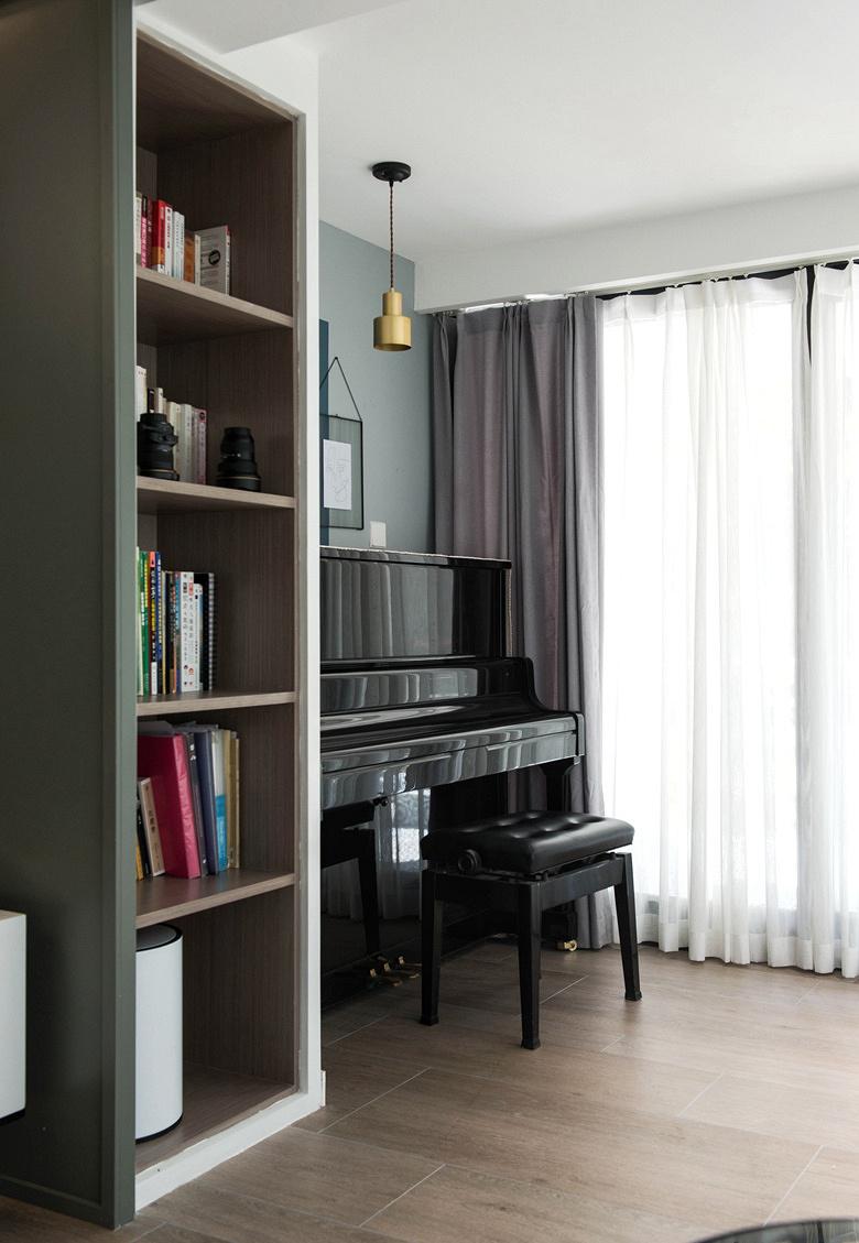 阳台图片来自家装大管家在冷与暖色平衡 135平北欧美式3居的分享