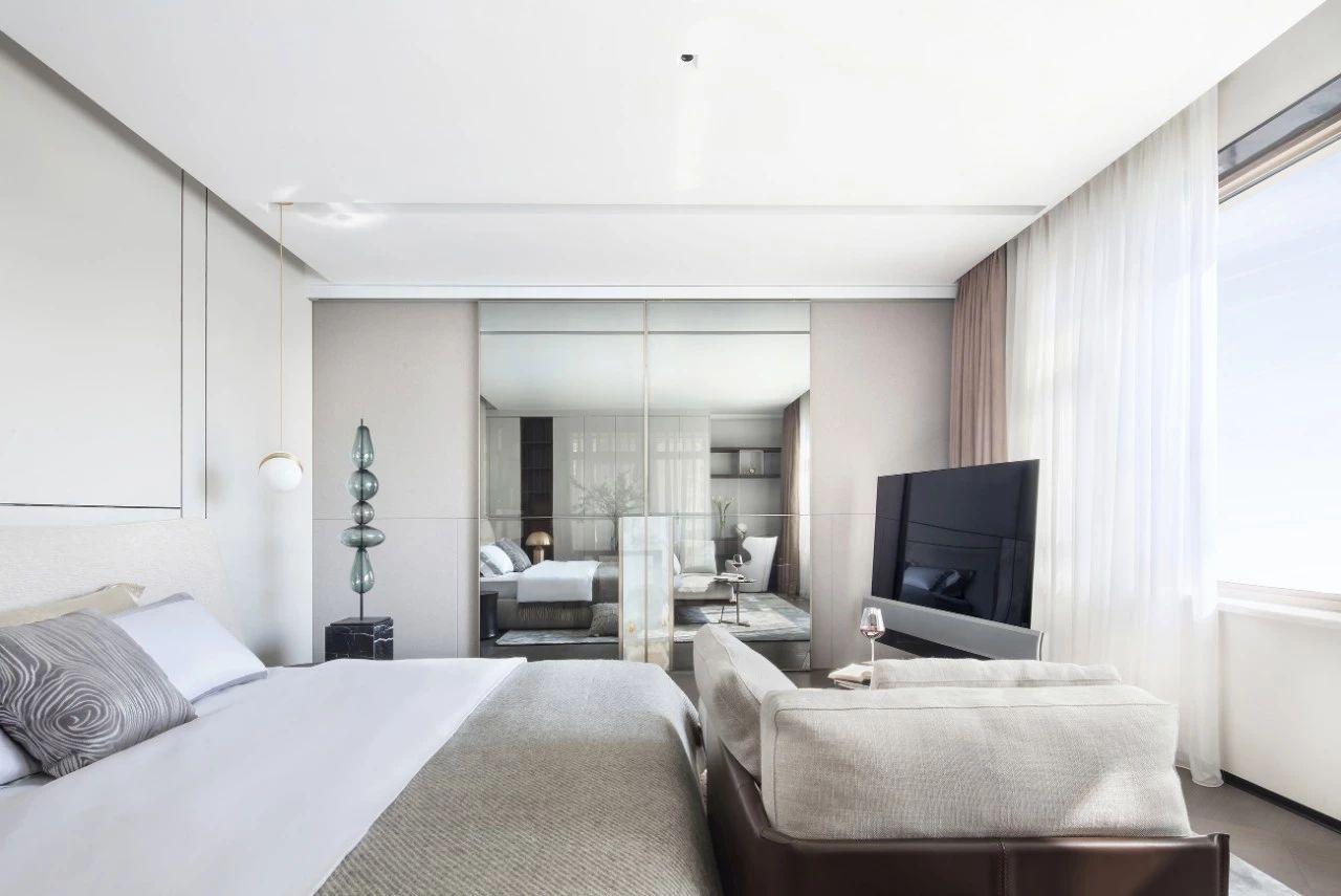 汤臣一品 豪宅装修 现代风格 腾龙设计 卧室图片来自腾龙设计在汤臣一品大平层项目设计的分享