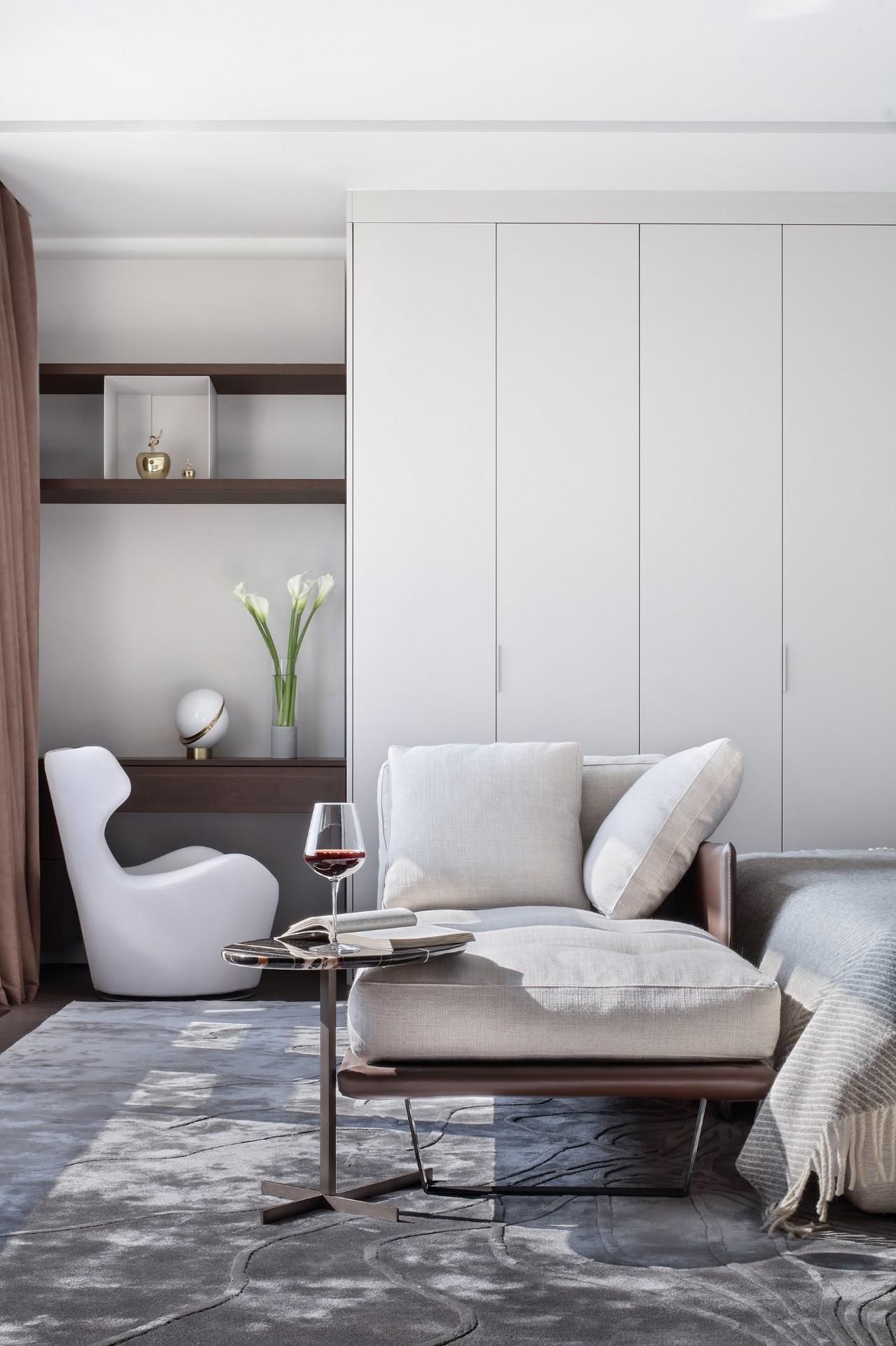 汤臣一品 豪宅装修 现代风格 腾龙设计 客厅图片来自腾龙设计在汤臣一品大平层项目设计的分享