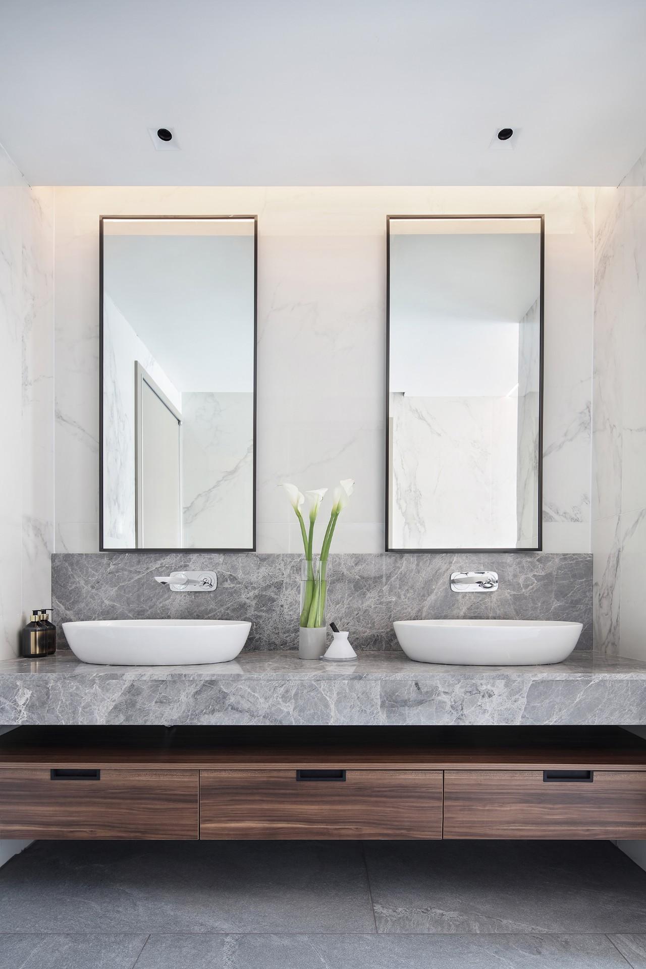 汤臣一品 豪宅装修 现代风格 腾龙设计 卫生间图片来自腾龙设计在汤臣一品大平层项目设计的分享
