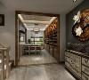 提煉了經典中式元素加以簡化和豐富 裝飾在整體家具中,使其在形態上更加 簡潔清秀,優雅別致。