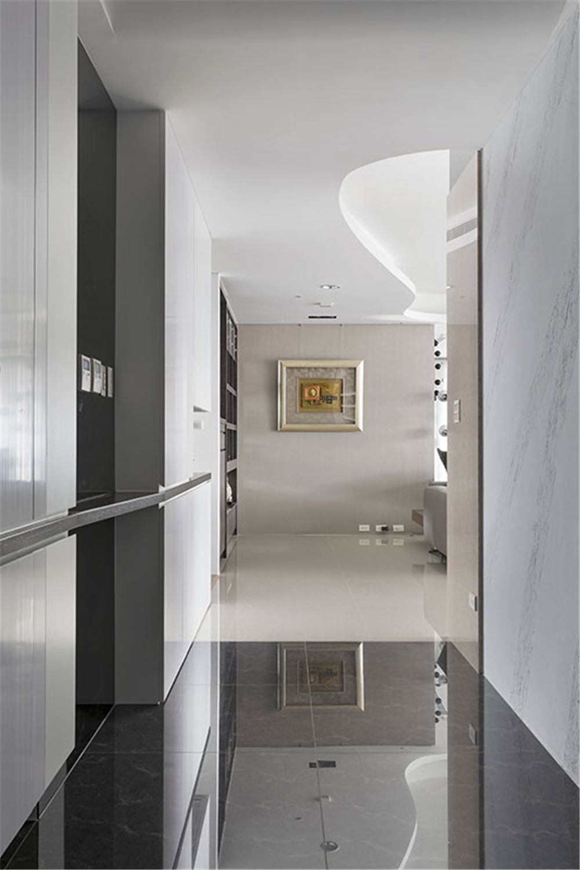 装修设计 装修完成 现代休闲 玄关图片来自幸福空间在182平,客变规划 三面采光机能宅的分享