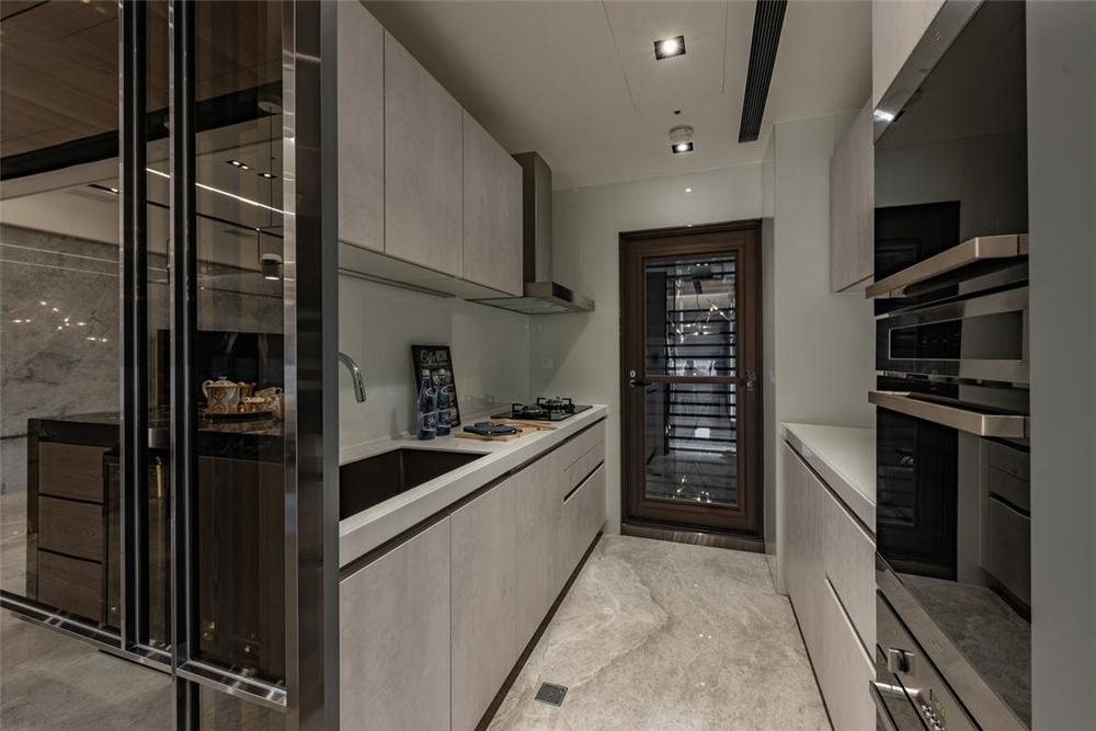装修设计 装修完成 混搭 厨房图片来自幸福空间在149平,木石间的淳和与清丽对比的分享