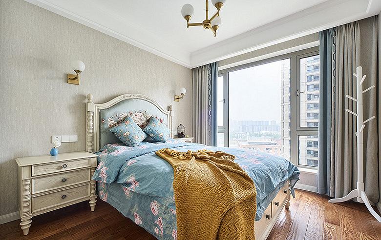 卧室图片来自家装大管家在舒适平淡 135平现代美式休闲3居的分享