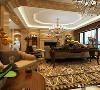 在配饰上,金黄色和棕色的配饰衬托出古典家具的高贵与优雅,赋予古典美感的窗帘和地毯、造型古朴的吊灯使整个空间看起来赋予韵律感且大方典雅,柔和的浅色花艺为整个空间带来了柔美的气质。
