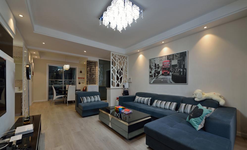峰光无限 现代 二居 客厅图片来自我是小样在世茂·璀璨倾城现代93平两室现代的分享
