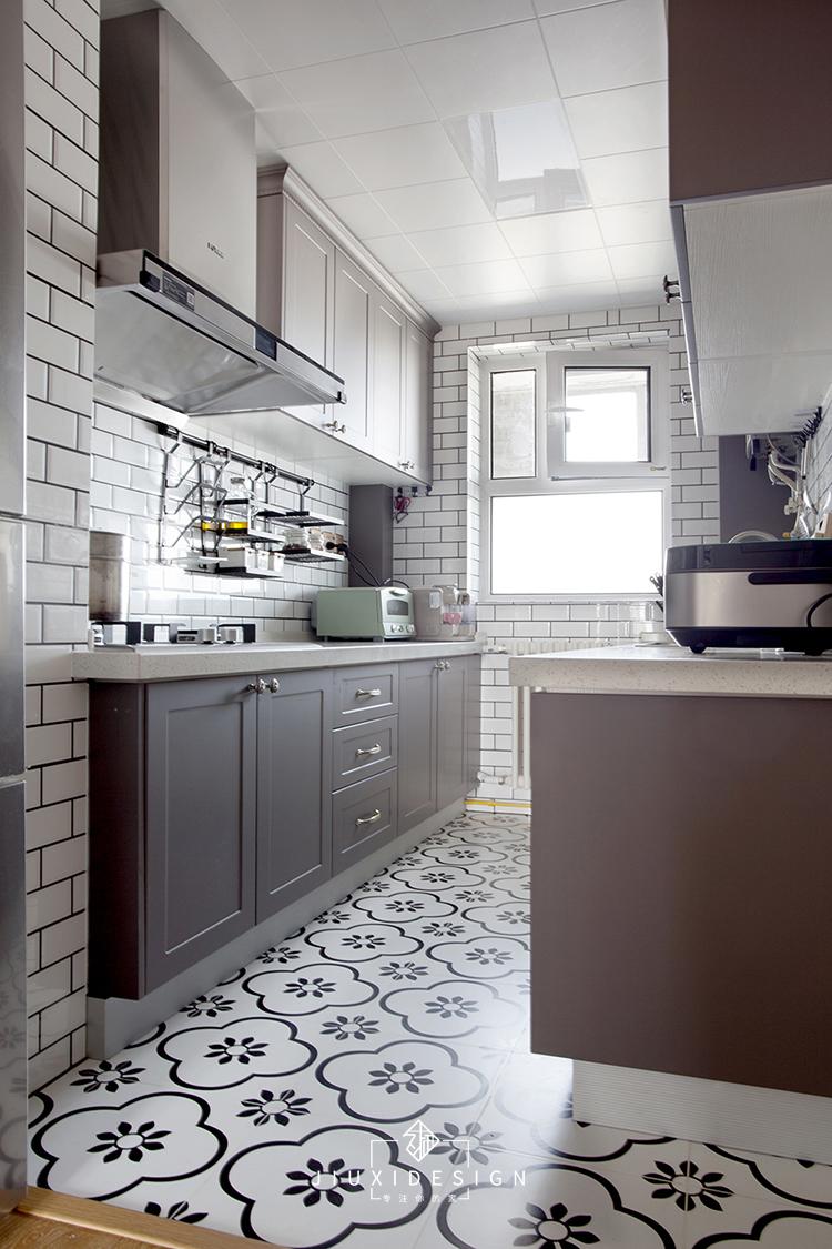 二居 收纳 旧房改造 小户型 久栖设计 家装 室内设计 装修设计 厨房图片来自久栖设计在巧用玻璃隔断做分区,拯救小户型的分享