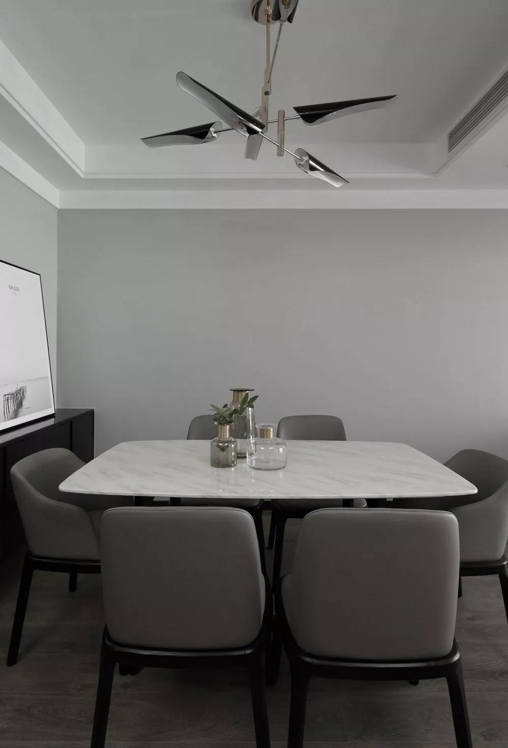 简约 餐厅图片来自晋级装饰潘露在晋级装饰—富海澜湾半岛122平米的分享