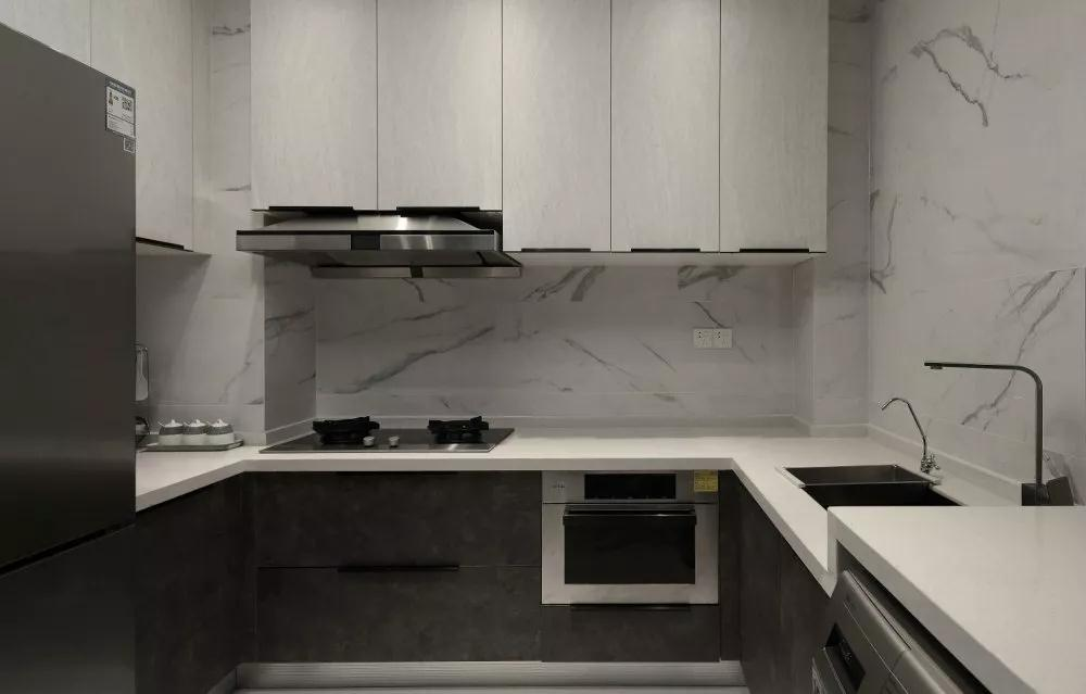 简约 厨房图片来自晋级装饰潘露在晋级装饰—富海澜湾半岛122平米的分享