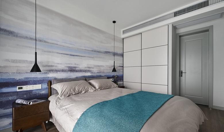 卧室图片来自家装大管家在大胆而灵活 129平现代时尚3居的分享