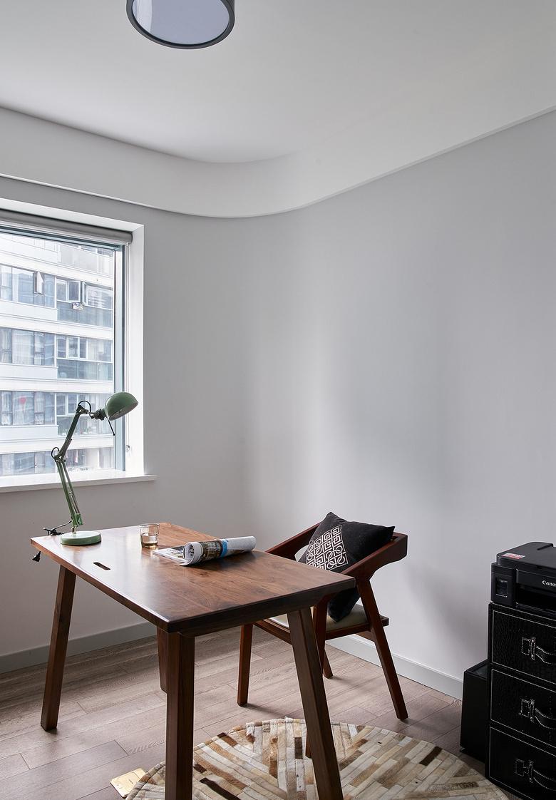 书房图片来自家装大管家在大胆而灵活 129平现代时尚3居的分享