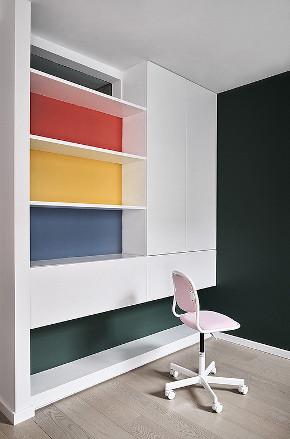 儿童房图片来自家装大管家在165平现代极简空间 至简诠释大美的分享