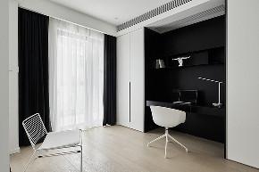 衣帽间图片来自家装大管家在165平现代极简空间 至简诠释大美的分享