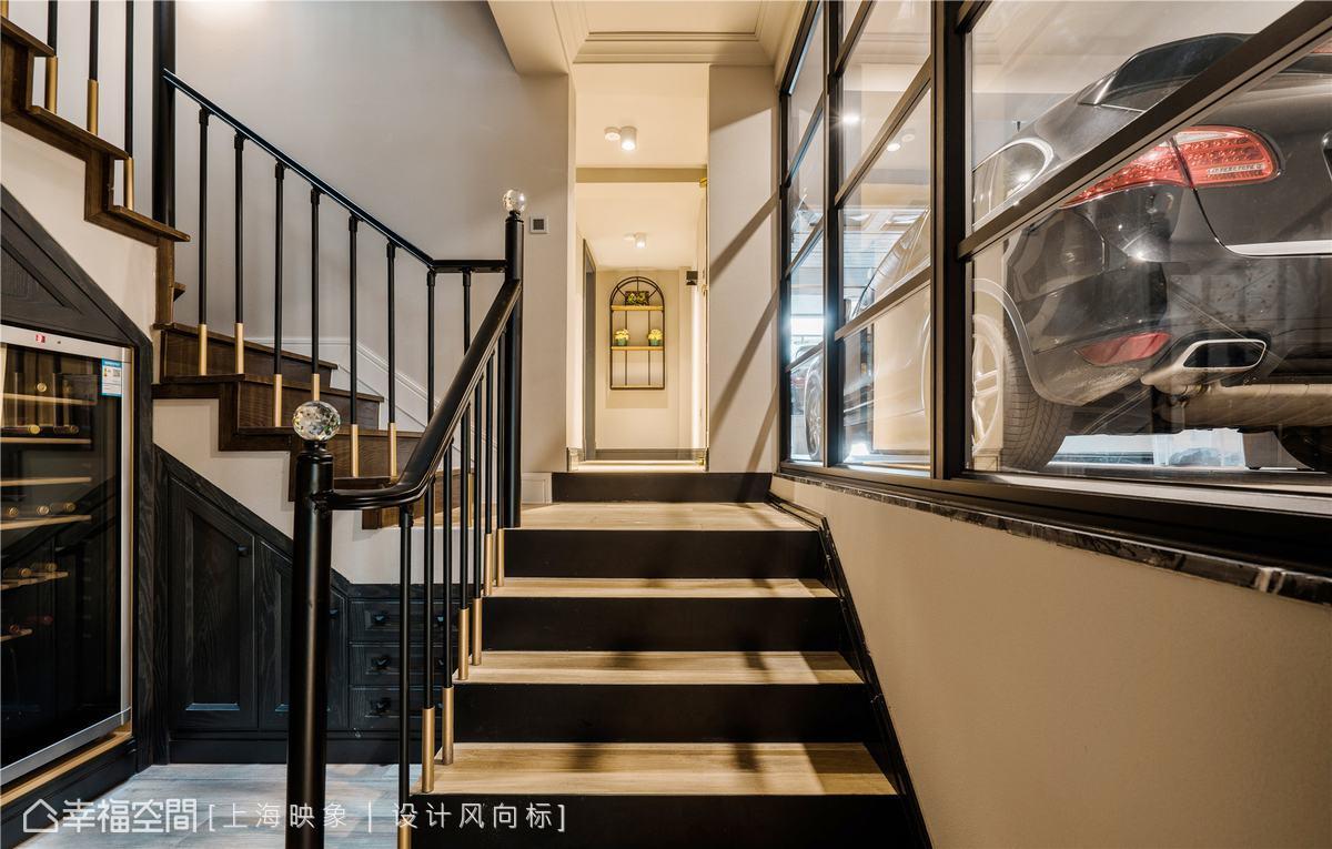 混搭 四居 上海 小资 楼梯图片来自幸福空间在230㎡如歌如诗的雪域星城的分享