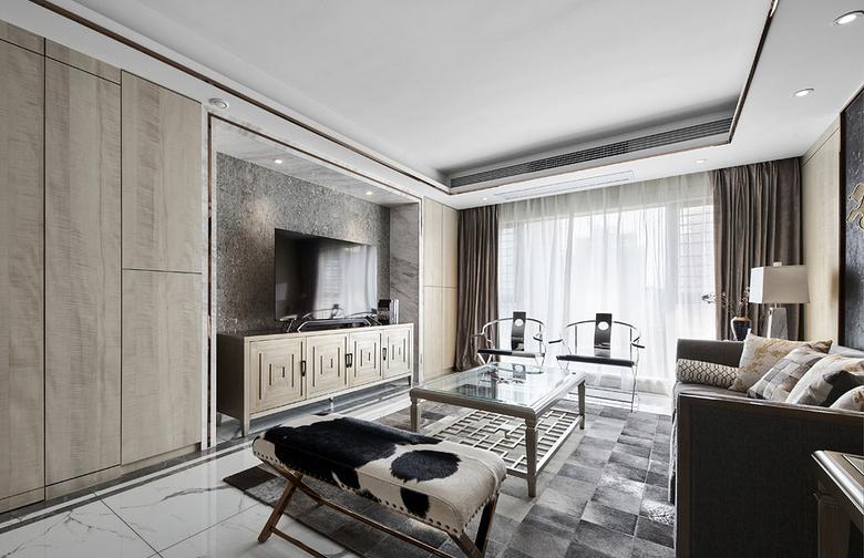 客厅图片来自家装大管家在浓淡两相宜 180平轻奢新中式3居的分享