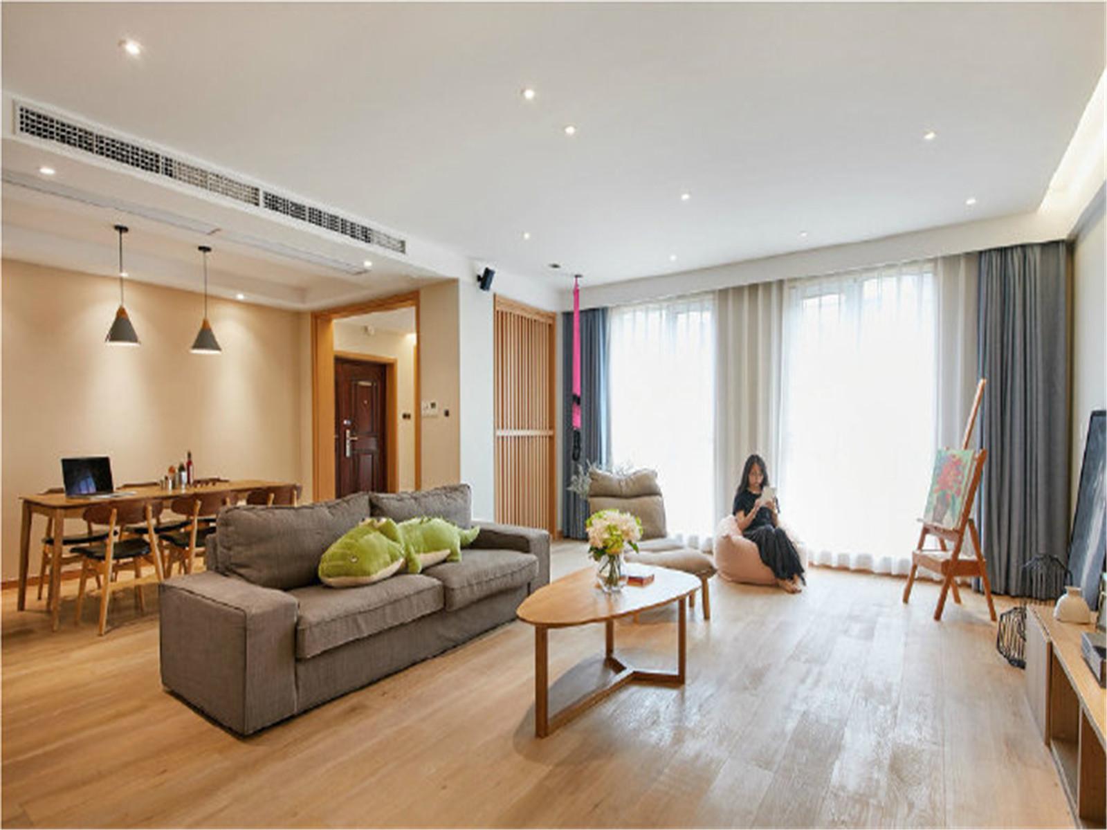 简约 日式 原木色 三居 白领 收纳 旧房改造 80后 小资 客厅图片来自北京今朝装饰在原木的清新淡雅贯穿全屋的分享