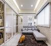 客厅 明亮的浅藤色铺陈客厅,窗台侧墙选用屋主喜欢文化石铺排造型墙,缀以乡村古典的元素,沙发背墙则运用通透的隔间做处理,保有空间的开阔及舒适性。