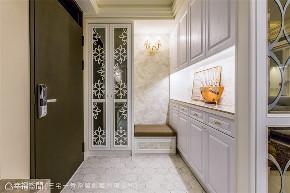 装修设计 装修完成 新古典 玄关图片来自幸福空间在132平, 酝酿温馨生活幸福居的分享