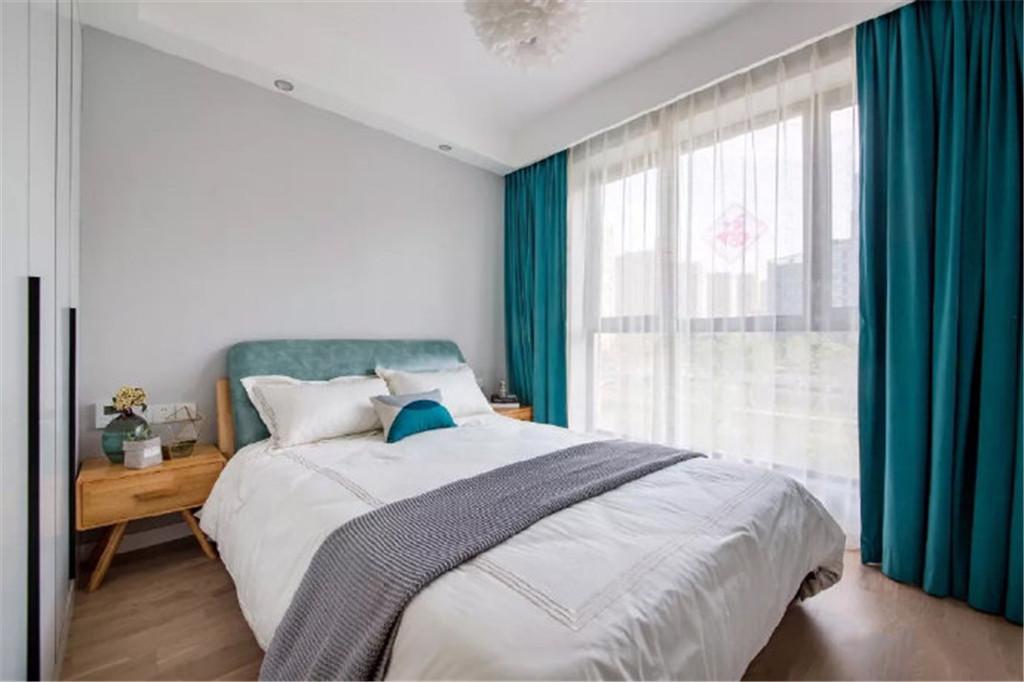 欧式 二居 白领 收纳 旧房改造 80后 小资 卧室图片来自北京今朝装饰在70㎡北欧风时尚自然的蓝灰的分享