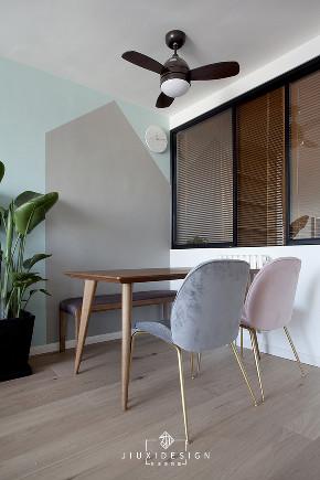 二居 三居 收纳 旧房改造 北欧 久栖设计 家装设计 两居改三居 餐厅图片来自久栖设计在三段式8m储物长条客厅高效利用法的分享