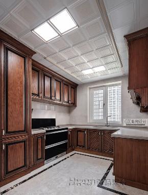 欧式 收纳 小资 厨房图片来自鸿扬家装武汉分公司在越秀星汇云锦280卢浮神韵的分享