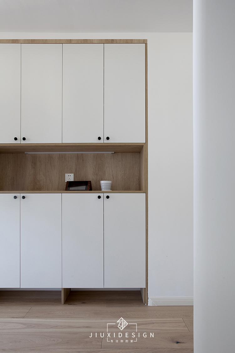 二居 三居 收纳 旧房改造 北欧 久栖设计 家装设计 两居改三居 玄关图片来自久栖设计在三段式8m储物长条客厅高效利用法的分享