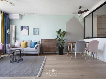 三段式8m储物长条客厅高效利用法
