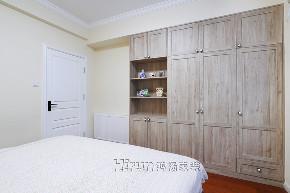 简约 混搭 三居 收纳 卧室图片来自鸿扬家装武汉分公司在同安花园110平美洲阳光的分享