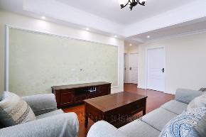 简约 混搭 三居 收纳 客厅图片来自鸿扬家装武汉分公司在同安花园110平美洲阳光的分享