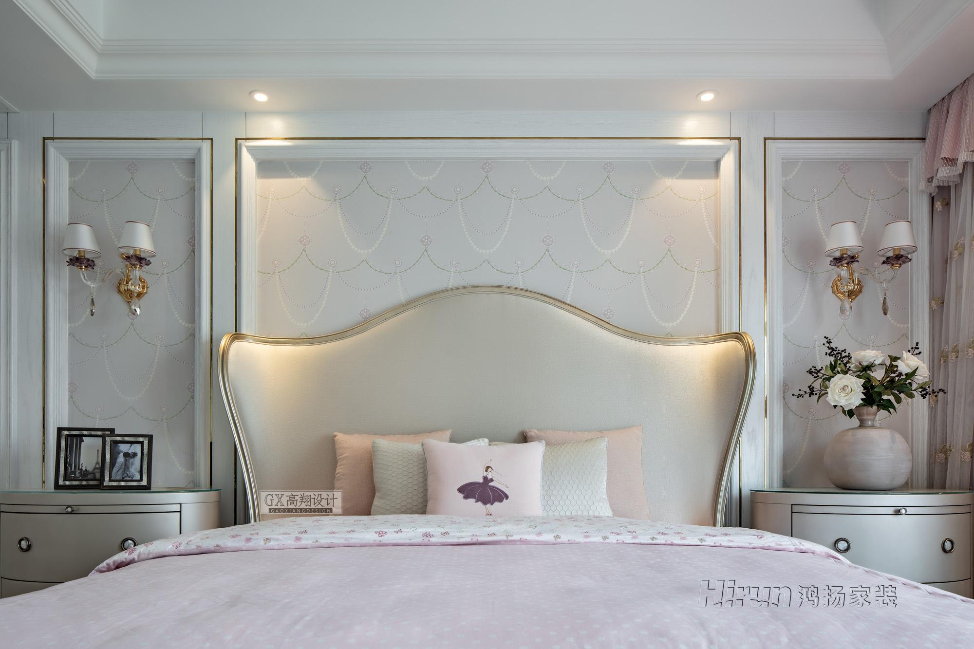 欧式 收纳 小资 卧室图片来自鸿扬家装武汉分公司在越秀星汇云锦280卢浮神韵的分享