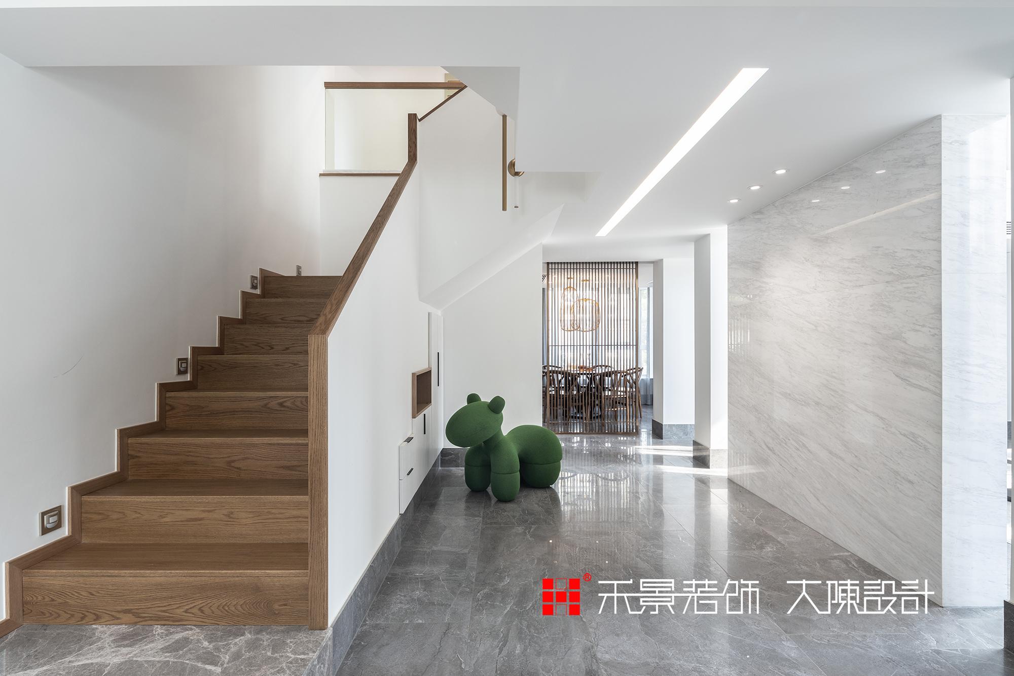 楼梯图片来自禾景大陈设计在我有一座山庄,归于市隐于野的分享