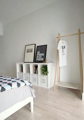 二居 欧式 白领 收纳 旧房改造 80后 小资 卧室图片来自今朝小伟在北欧风格的分享