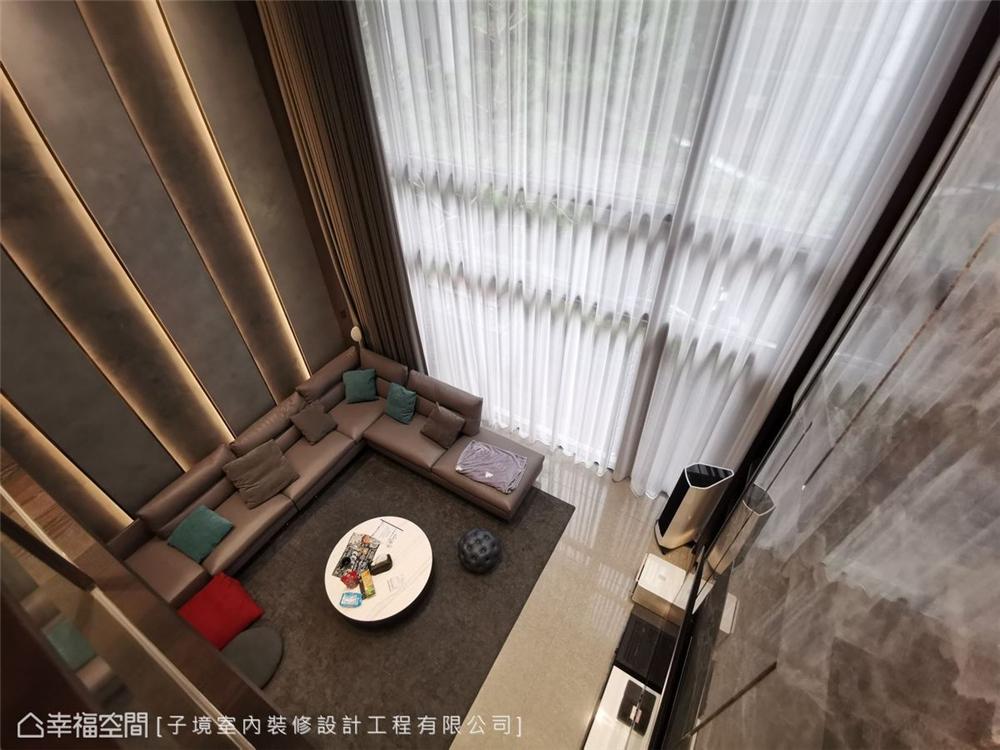 装修设计 装修完成 现代风格 客厅图片来自幸福空间在331平,现代沉稳舒适机能宅的分享
