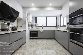 简约 三居 小资 旧房改造 收纳 厨房图片来自漾设计在Young新作 | 确认过眼神的分享