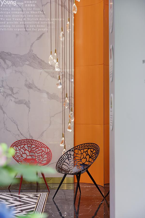 简约 旧房改造 收纳 小资 其他图片来自漾设计在Young新作 | 追求极致的瓷砖展厅的分享