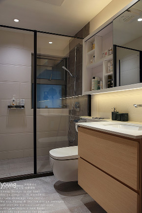 简约 三居 小资 旧房改造 80后 收纳 卫生间图片来自漾设计在Young新作 | 红树西岸精装修改造的分享