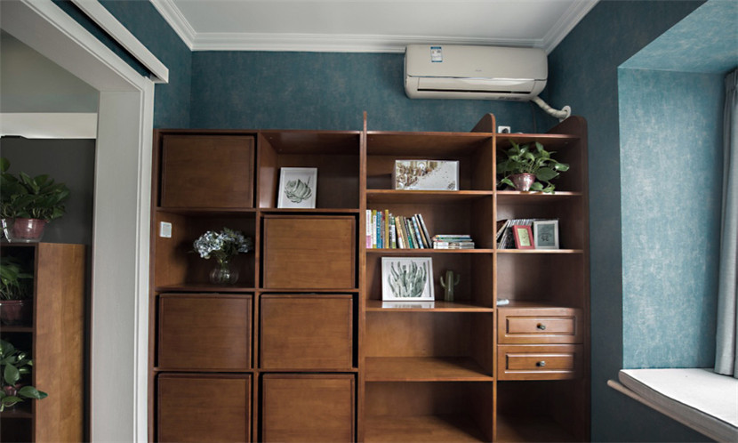 简约 旧房改造 80后 小资 收纳 书房图片来自今朝小伟在87平小户型三室两厅的分享
