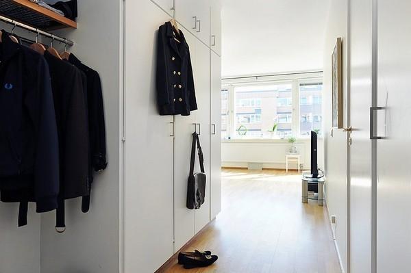 简约 二居 白领 收纳 旧房改造 80后 小资 衣帽间图片来自今朝小伟在清新脱俗,美家44平个性小公寓的分享
