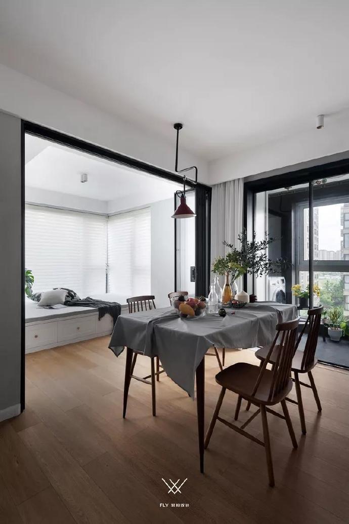 三居 收纳 白领 旧房改造 80后 小资 餐厅图片来自今朝小伟在110㎡北欧三居的分享