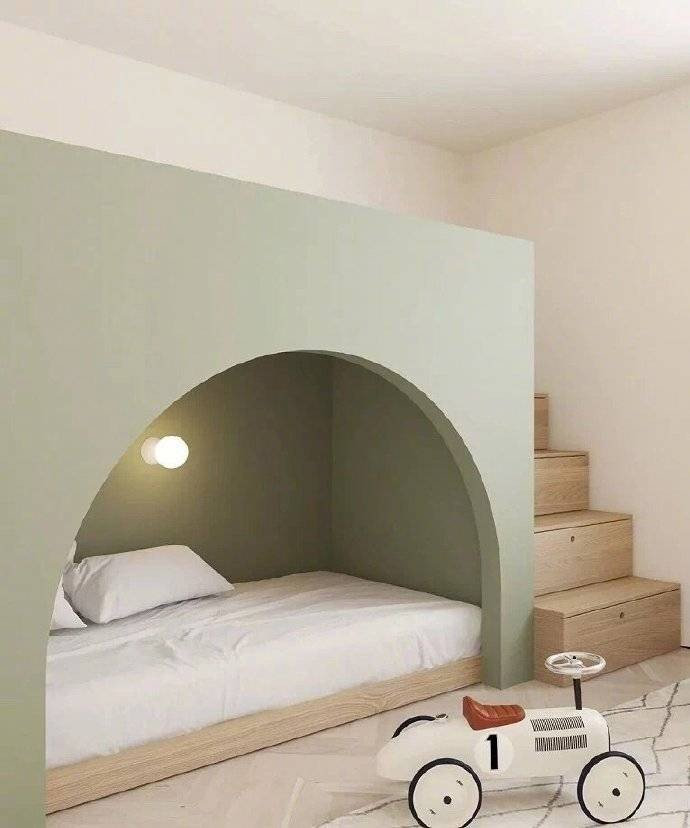 简约 白领 收纳 旧房改造 80后 小资 楼梯图片来自今朝小伟在66平方公寓,简单却设计感十足的分享