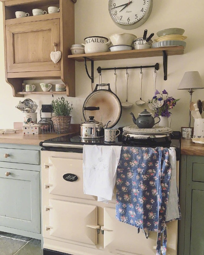 二居 田园 三居 别墅 白领 收纳 旧房改造 80后 小资 厨房图片来自今朝小伟在唯美田园风设计的分享