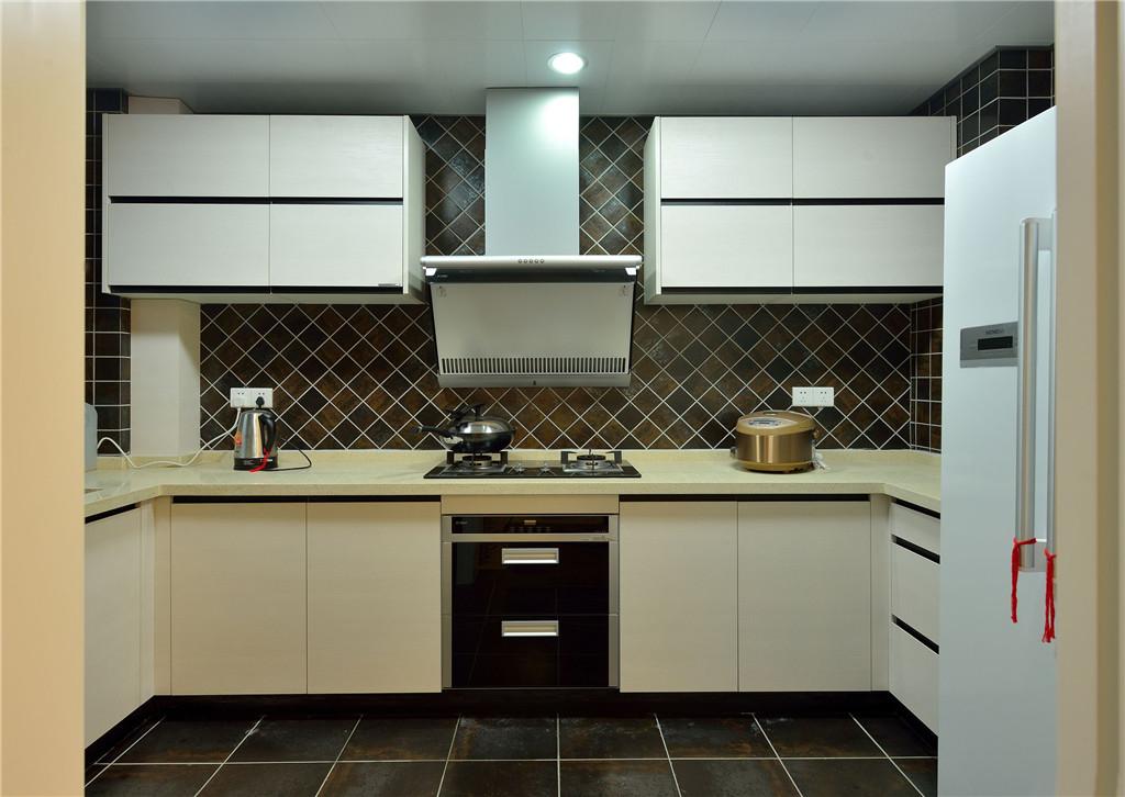 二居 简约 别墅 白领 收纳 旧房改造 小资 80后 厨房图片来自今朝小伟在120㎡ 现代简约两居的分享