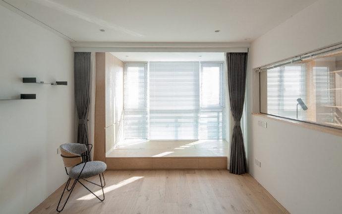 三居 白领 收纳 旧房改造 80后 小资 阳台图片来自今朝小伟在非常棒的一套现代极简风格住宅的分享