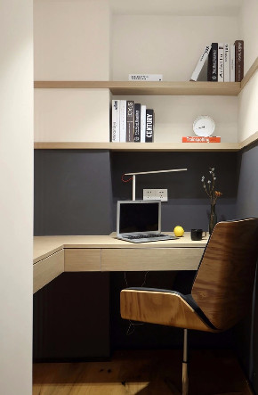 简约 三居 白领 收纳 旧房改造 小资 80后 书房图片来自今朝小伟在双槐树-110平米-现代简约的分享