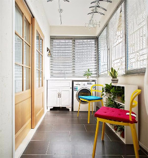 二居 白领 收纳 旧房改造 80后 小资 阳台图片来自今朝小伟在70平两居,每个空间都是精致的分享