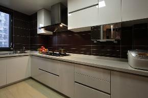 二居 白领 收纳 旧房改造 80后 小资 厨房图片来自今朝小伟在80平老房完美呈现的分享
