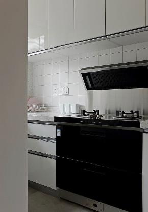 二居 白领 收纳 旧房改造 80后 小资 厨房图片来自今朝小伟在老房整体改造翻新,55平北欧风格的分享